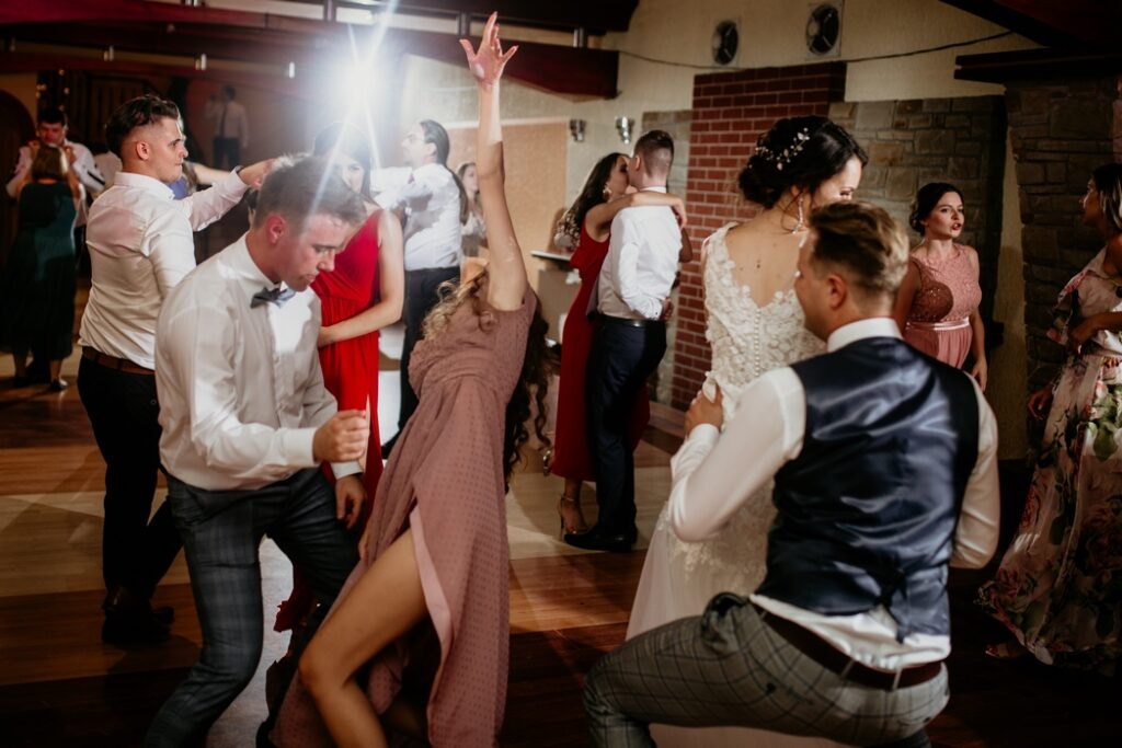Rustykalne wesele w Nowym Sączu - Dorota & Piotr przez Adam Podwika Weddings - fotograf ślubny